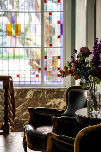 Hotel-Breda-Het-Scheepshuys-glas-in-lood