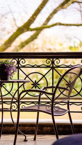 Hotel-Breda-Het-scheepshuys-balkon-sfeer
