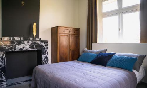 Hotel-Breda-Het-scheepshuys-tweepersoonskamer-schouw